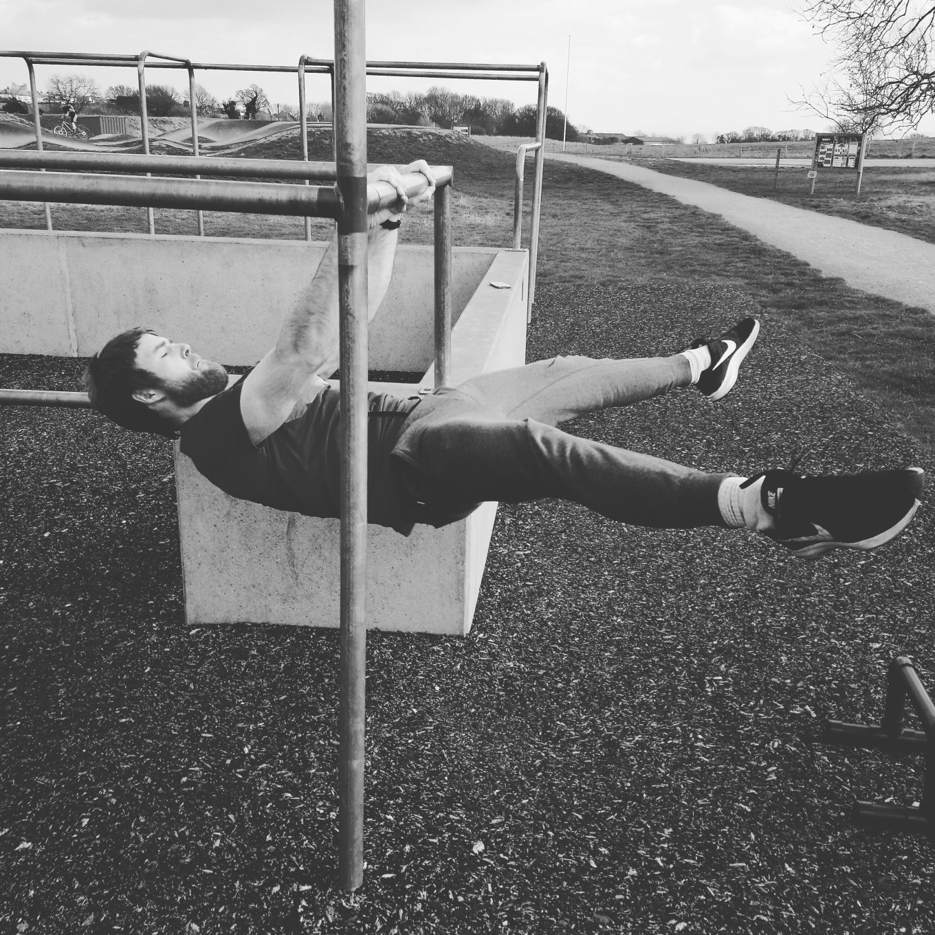Straddle Front Lever throwback (hadleigh early 2018)